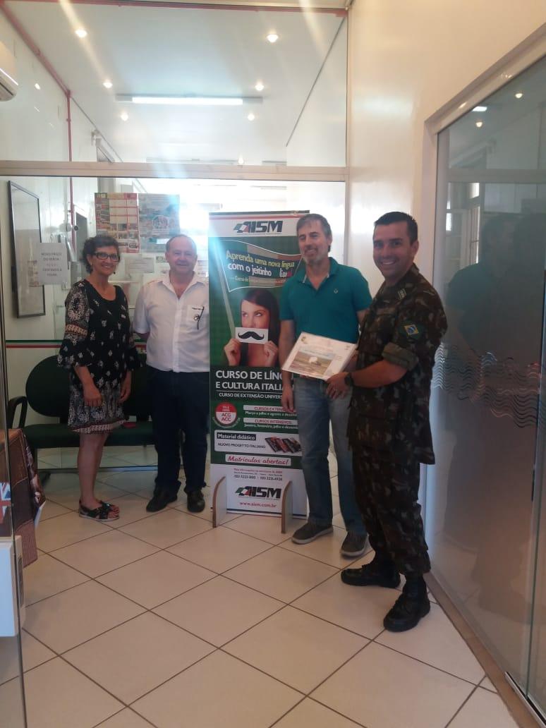 You are currently viewing AISM e Coral Giuseppe Verdi recebem certificado do 1º Regimento de carros de combate de Santa Maria